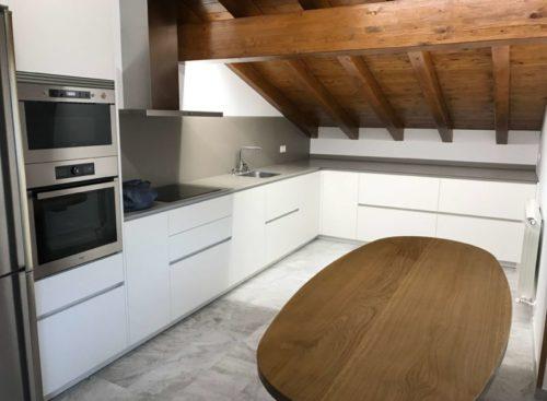 Cocina y mesa